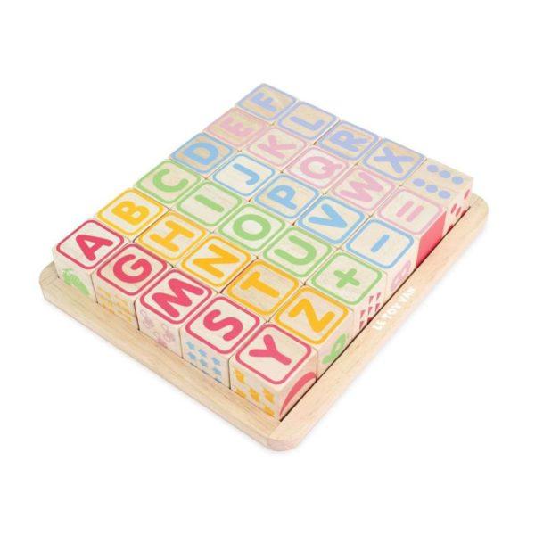 Farbige Holzwürfel - ABC & mehr